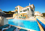 Image: Luxurious villa in the heart of Albufeira